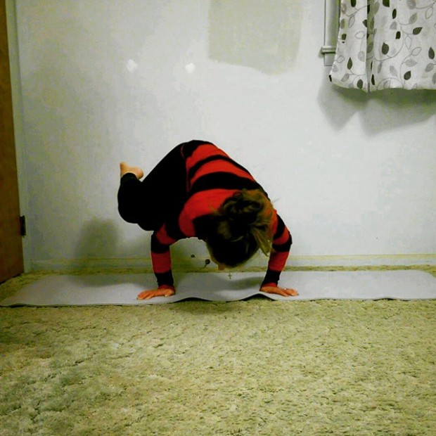 Side Crow, Parsva bakasana